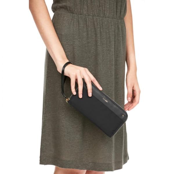 pacsafe RFIDsafe Women's Continental Wallet - Geldbörse black - Bild 7